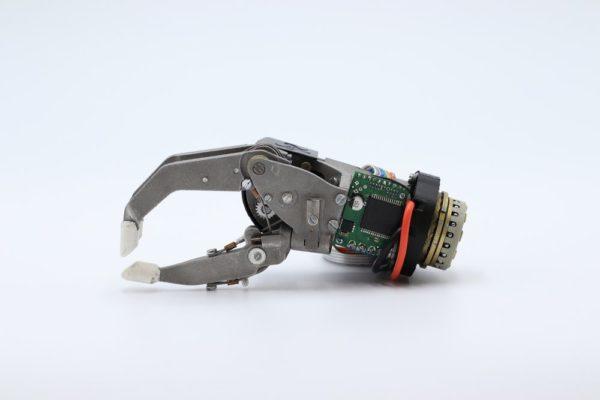 Prototype of a myoelectric prosthetic hand